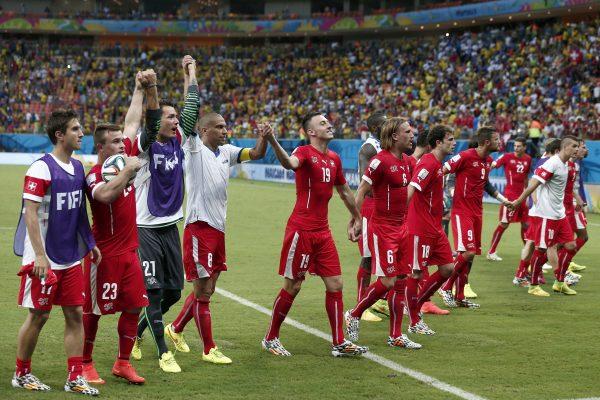 VORRUNDE, GRUPPE E, CHE FRA, SCHWEIZ FRANKREICH, FUSSBALL, FIFA WM, FIFA WM 2014, FUSSBALL WELTMEISTERSCHAFT, WM2014, FIFA SOCCER WORLD CUP 2014, COUPE MONDIALE DU FOOT,